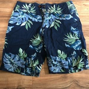 Men's American eagle classic fit shorts. NWOT